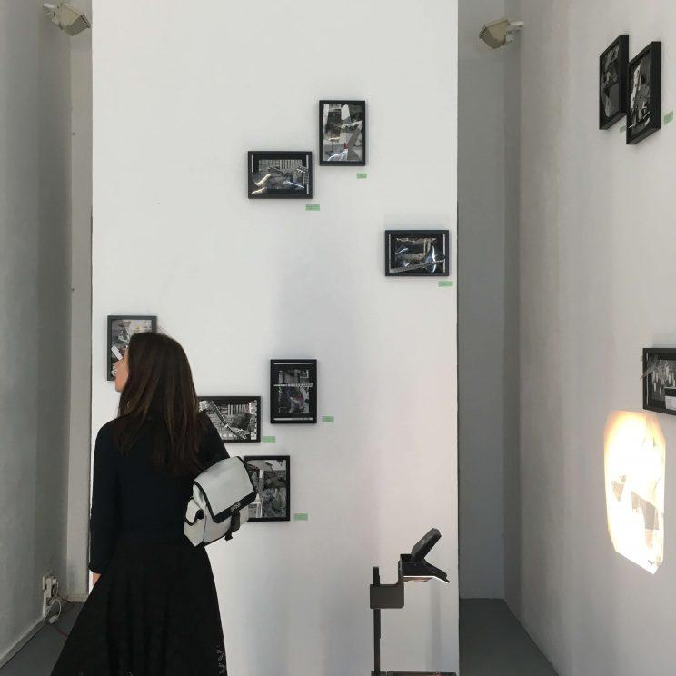 Nina venus curatorial den ort verlassen installationsansicht dia duo 4000px